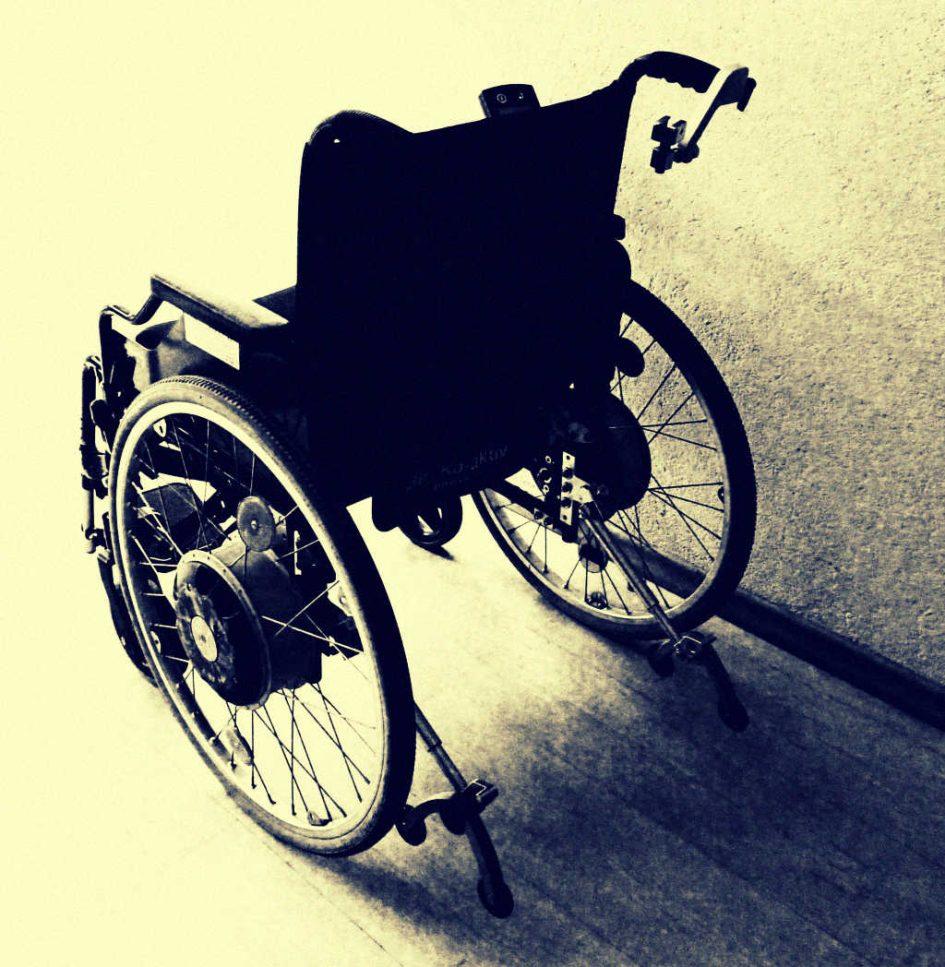 Ein Rollstuhl