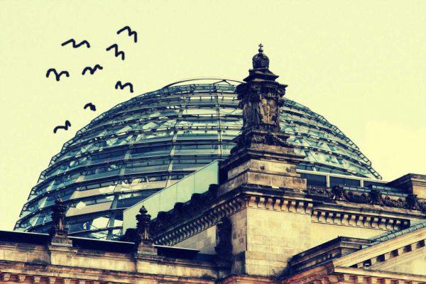 Reichstagskuppel mit Vögeln
