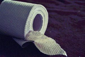 Clever! Flüchtlingskinder basteln Toilettenpapier – erste Kommunen bereit zur Aufnahme?